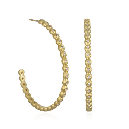 18k Gold Diamond Granulation Oval Hoop Earrings