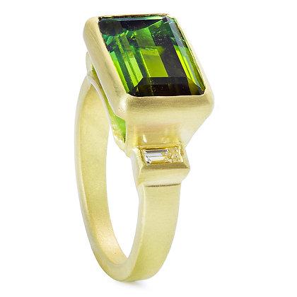 18K Gold Diamond and Tourmaline Ring