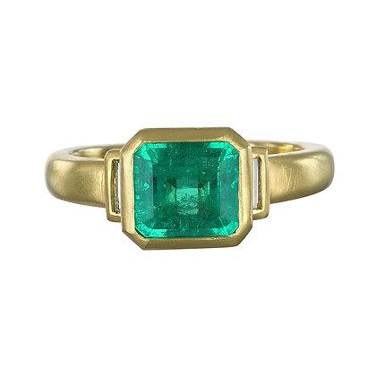 Colombian Emerald Diamond Ring