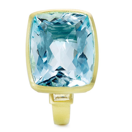 18K Gold Aquamarine Open Bezel Ring