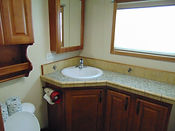 Maple Cabin Bathroom