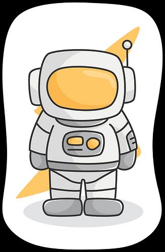 Mini almofada branca com o desenho de um astronauta ao centro, o formato da almofada segue o contorno do desenho