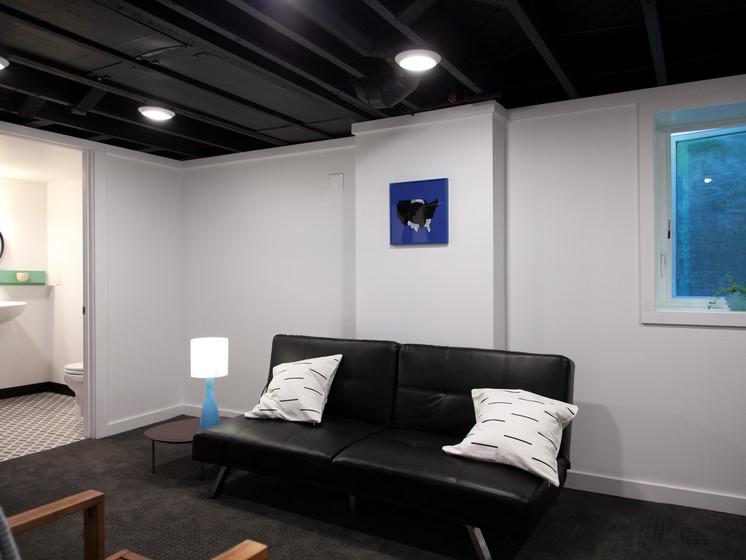 basement bedroom2.jpg