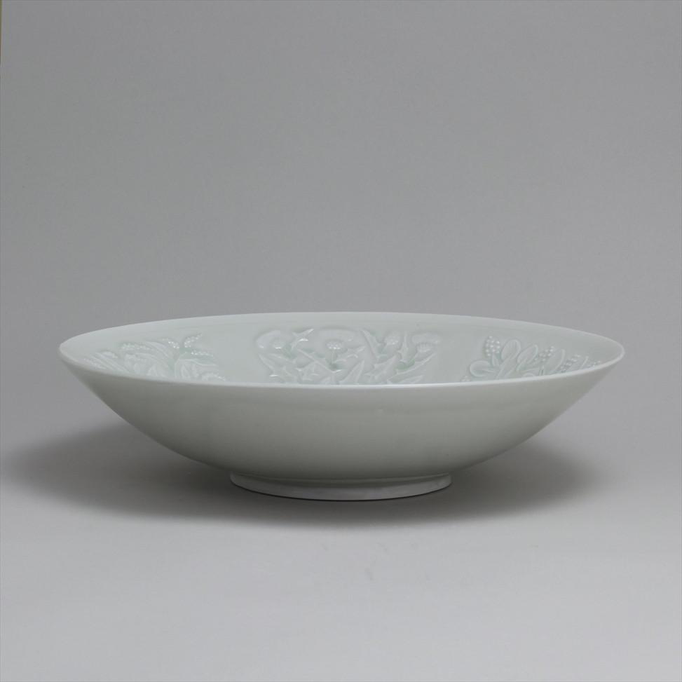 008_加藤土師萌_Katō Hajime_青白磁草花文鉢005.JPG