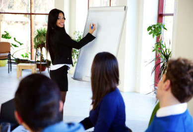 Pro Steps to Become a Compelling Public Speaker