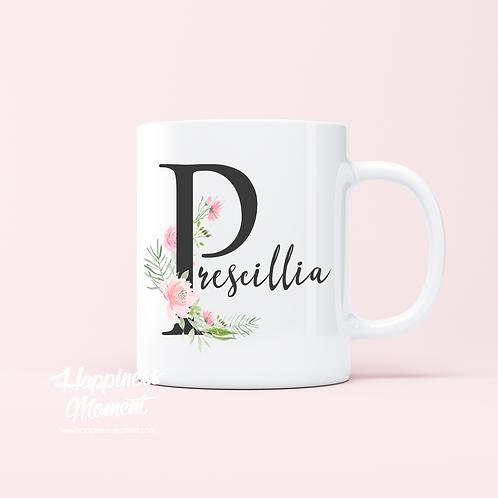 .. Joli mug - Prénom initiale fleurie ..