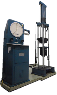 Máquina Universal de Ensaios - Laboratório Metalúrgico