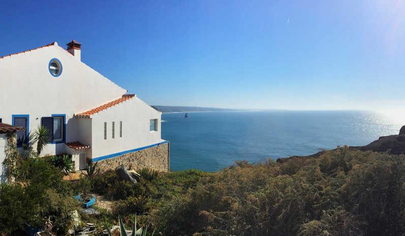Arrifana - The Casa On the Cliff xxyy.jpg