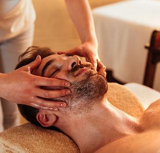 relaxing-facial-muscles-LYG59AV.jpg
