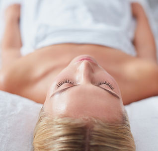 young-woman-waiting-for-spa-treatment-PU