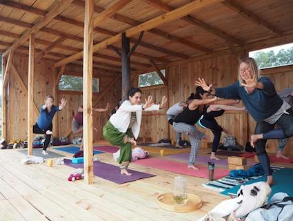 Die Yogaplattform