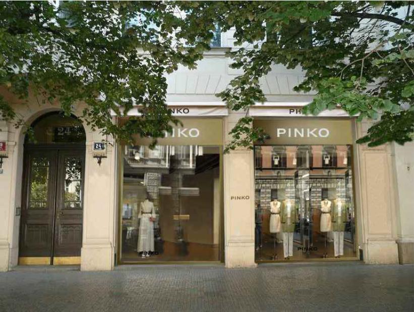 Refurbishment of commercial store