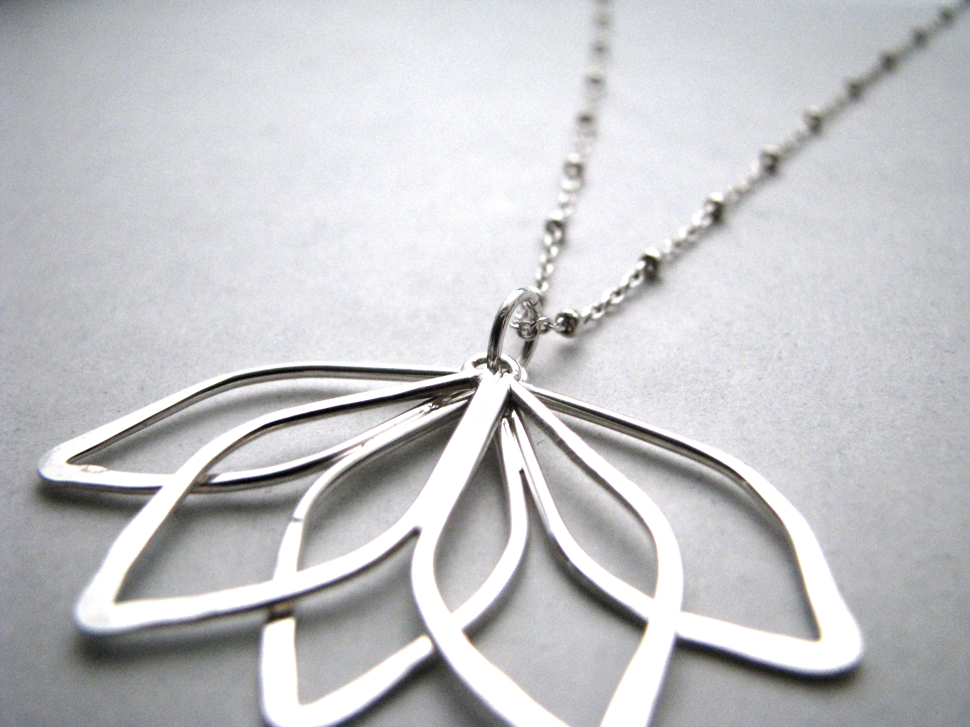 Summer Petals necklace