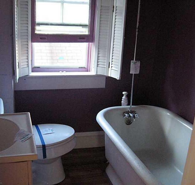 Maplebathroom 2.jpg