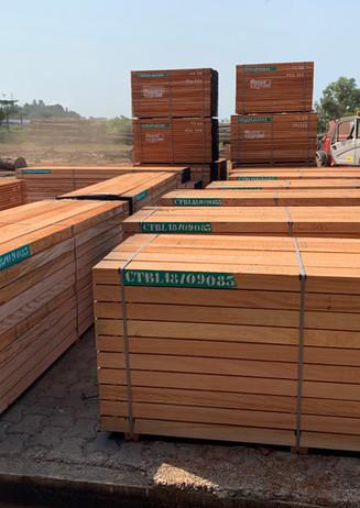 OKOUME sawn timber ready
