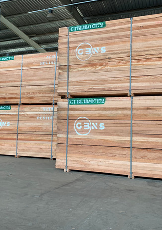 OKOUME sawn timber ready for shipment