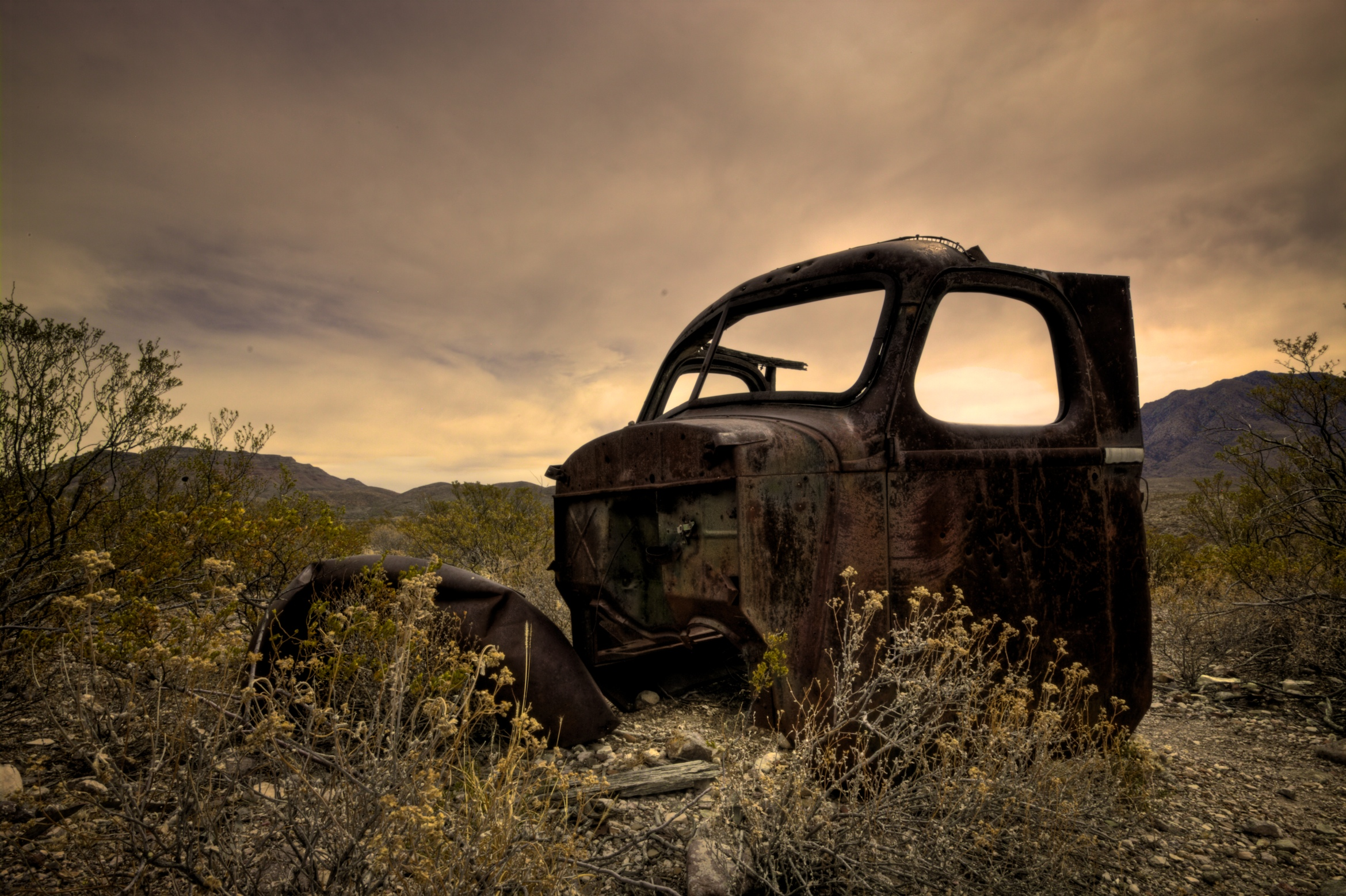 davis-mountains-car.jpg