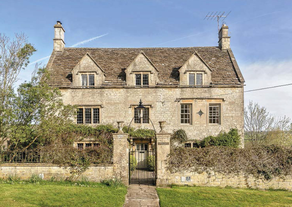 Conservation & extensions to a listed house in the Cotswolds, in Wiltshire, near Bath