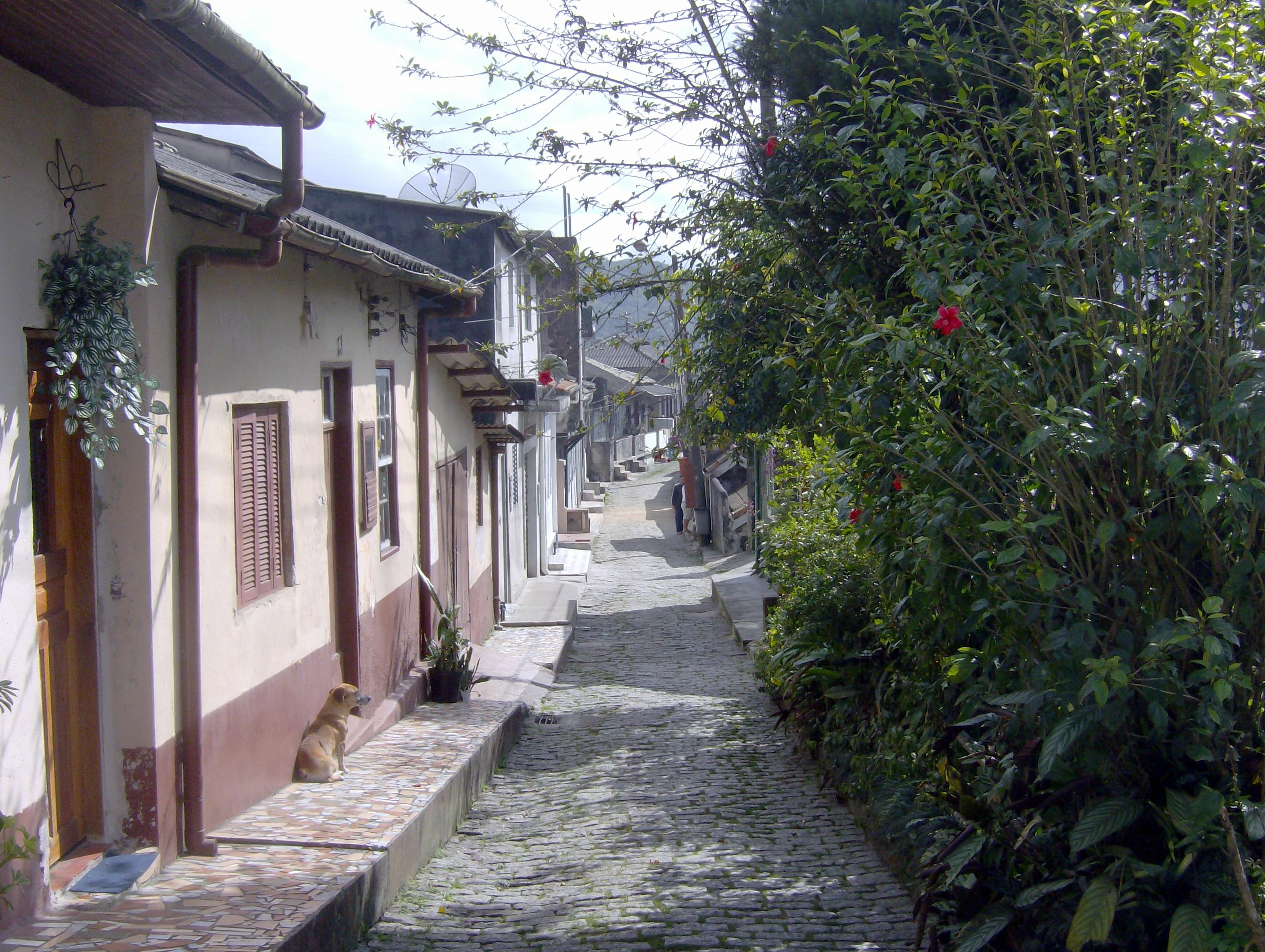rua estreita da P alta