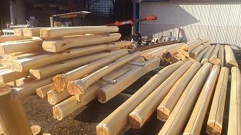 <第18稿>奈良県森林技術センター曲げ破壊試験/森庄の磨き丸太製造の様子/林道損壊