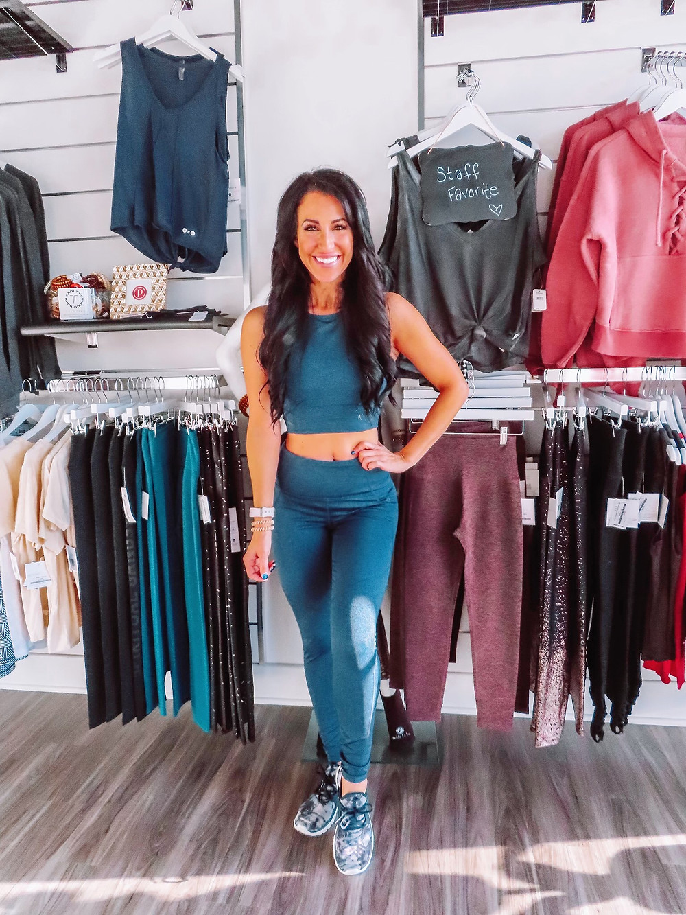 Indianapolis fitness, pure barre, meet me at the barre, Indianapolis blogger, fit life, healthy, active, fit mom, Indianapolis gym