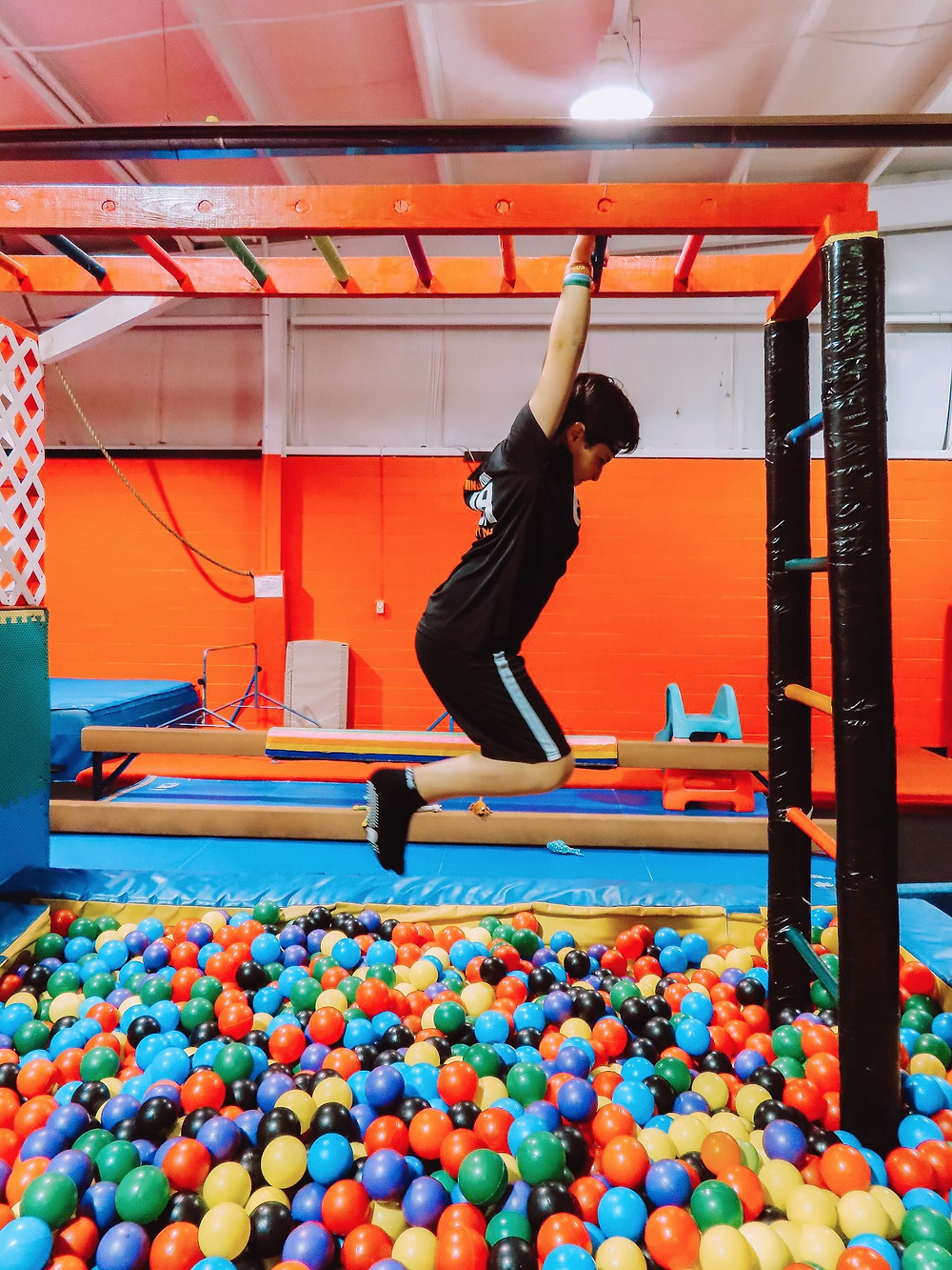 ninjazone, indianapolis, indianapolis blogger, mom blogger, kids sports, indy with kids, gymnastics for boys, kid workout routines,