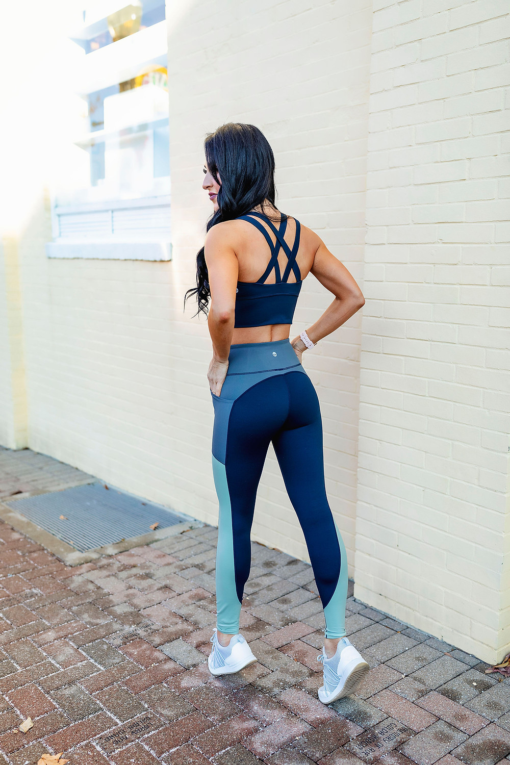 workout wear, athletic wear, crop top, sports bra, high waister leggings, fitness blogger