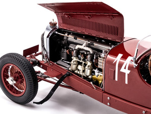 Mercedes-Benz SSK Model by CMC Model Cars: A New Level of Attention to Detail and Truth