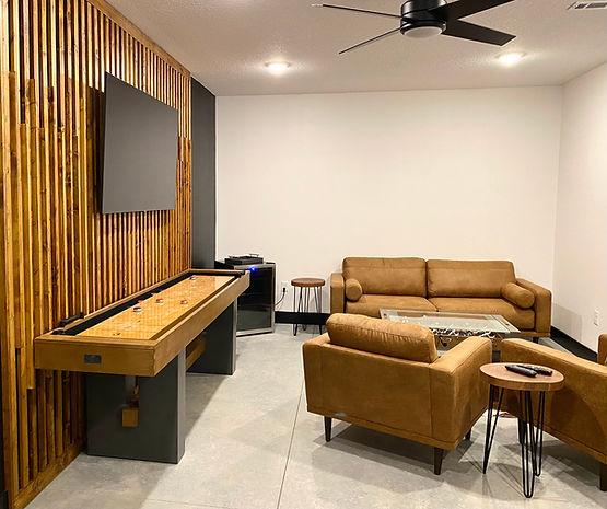 Groom's Room.jpg