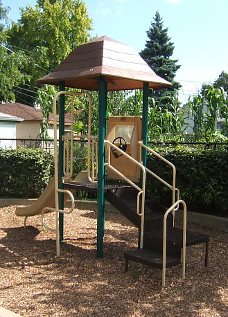 Small Play Area 2