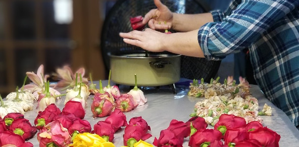 Immortal Gifts-Dipping Flowers.JPG