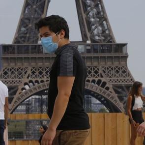 Κορονοϊός-Γαλλία: Απαγόρευση κυκλοφορίας από τις 21:00 σε μεγάλες πόλεις