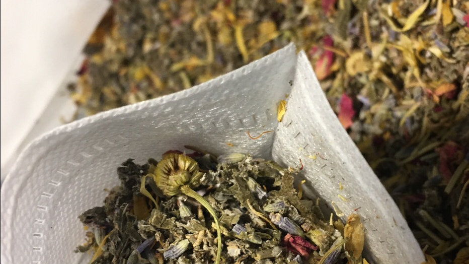 Yoni bath tea
