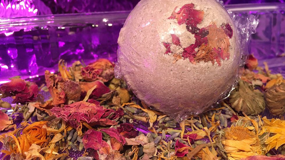 Small Herbal Clay Bath Bomb