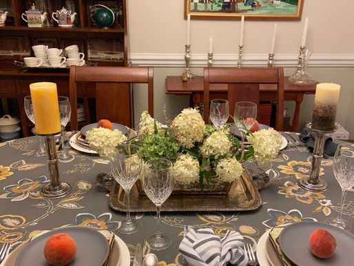 The Right Tablecloth for Your Setting