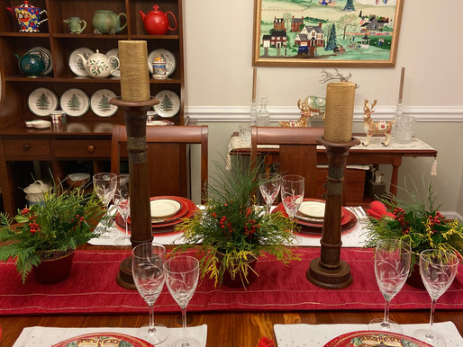 Yuletide Tablescape