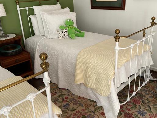 Creating a Vintage Bedroom