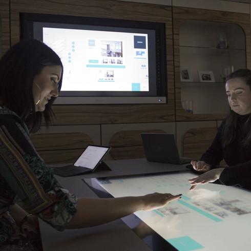 Desk collaboration