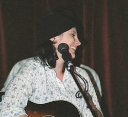 AngelaHarris-Live