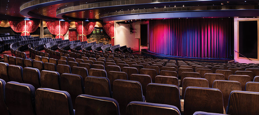 The inside of Hollywood Theater.