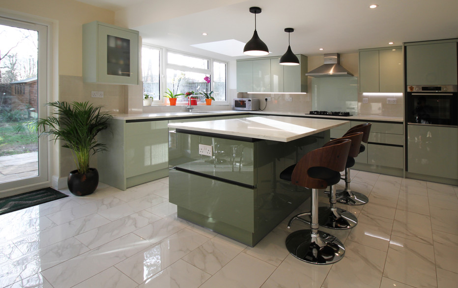 Kitchen dining space
