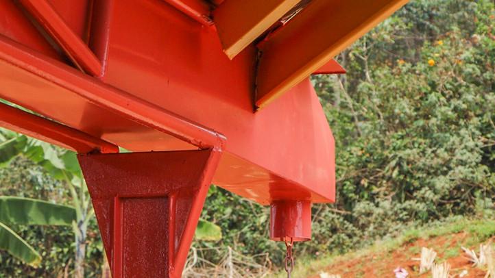 Water gutter detail