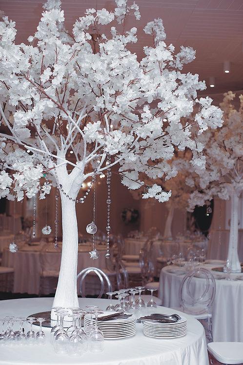 Аренда искусственного дерева Сакура люкс белая на белом стволе 2м.