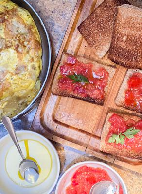 Tortilla Española & Pan Con Tomate