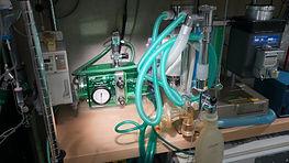 人工呼吸器付き吸入麻酔器