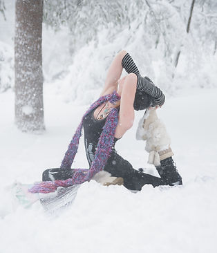 pigeon pose, yoga, blizzard, snow