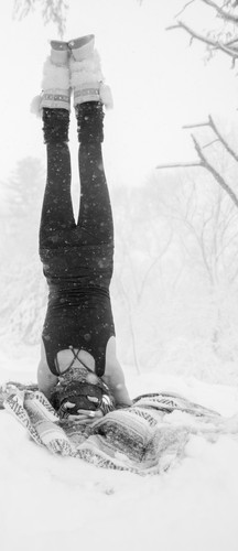 Blizzard Headstand