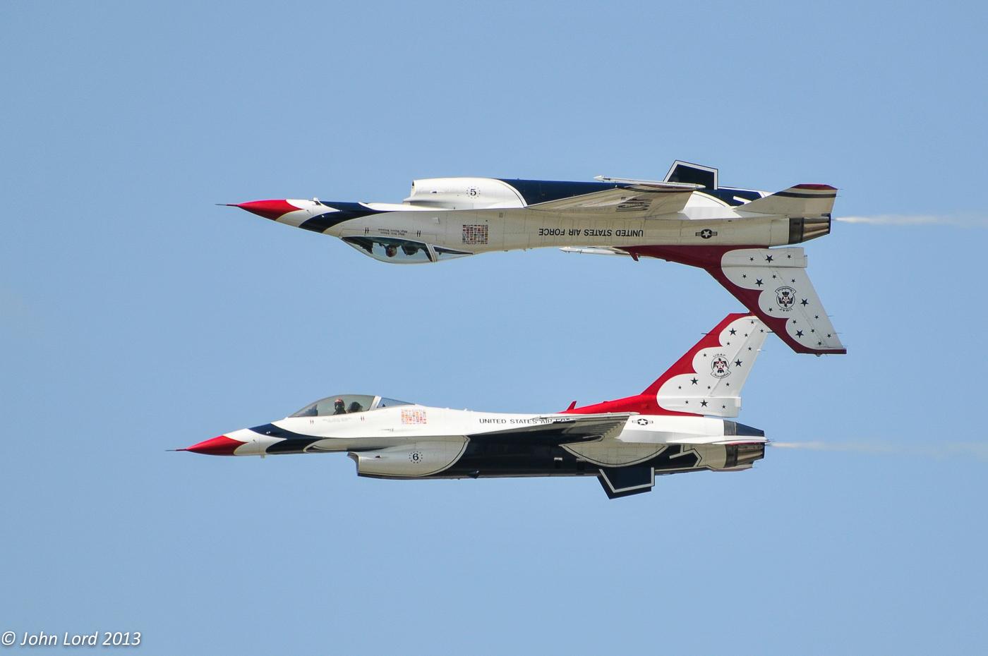 USAF Thunderbirds Pair