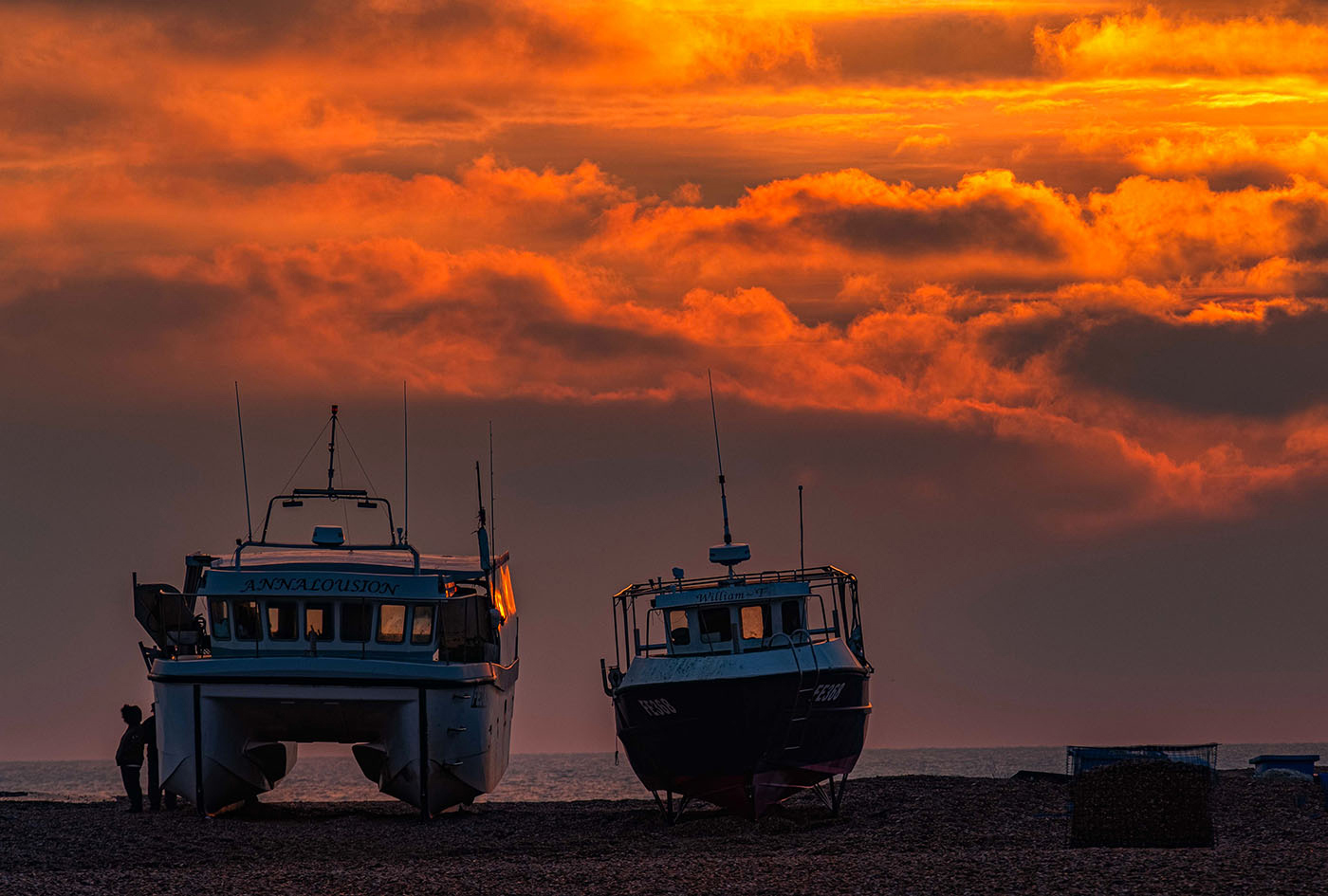 Dungeness beach at dawn
