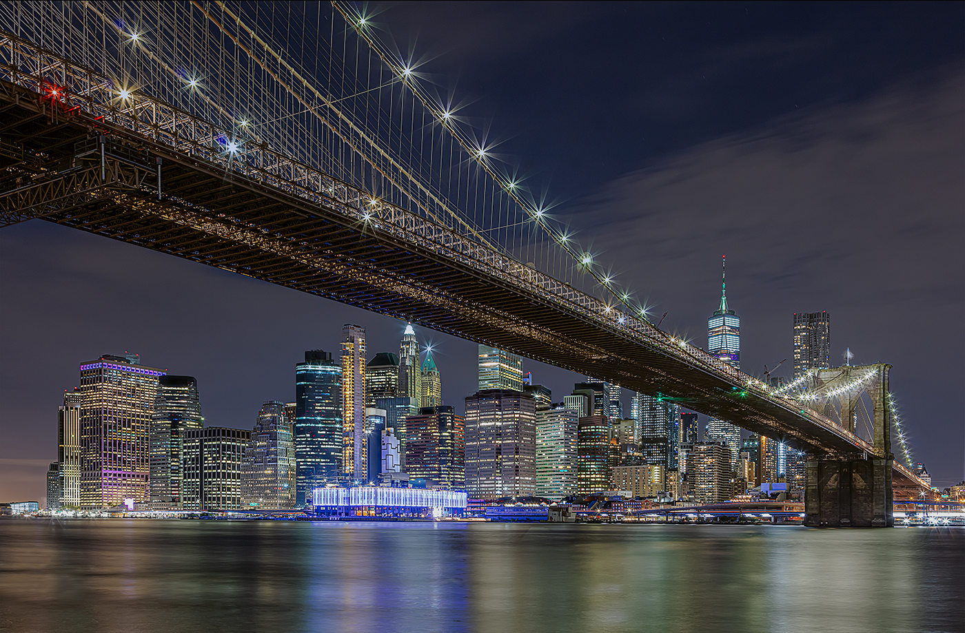 Midnight at the Brooklyn Bridge